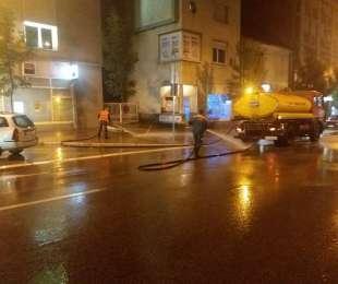 Ноћно прање улица